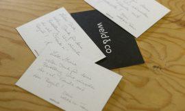 Postkarte, die weld & co beim Versand beilegt.